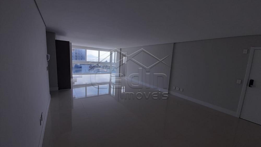 Alugar Apartamento / Padrão em Navegantes R$ 3.500,00 - Foto 25