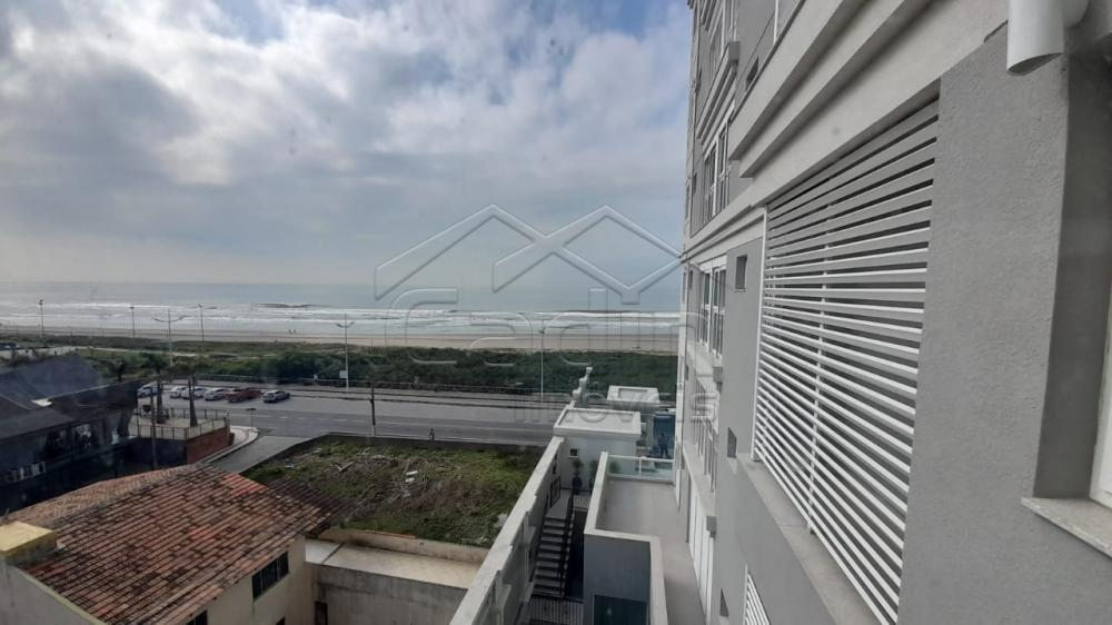Alugar Apartamento / Padrão em Navegantes R$ 3.500,00 - Foto 31