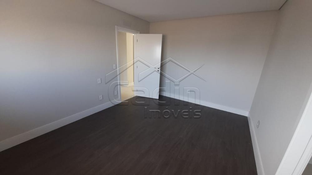Alugar Apartamento / Padrão em Navegantes R$ 3.500,00 - Foto 36