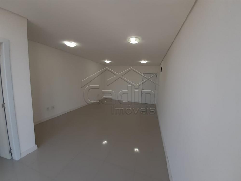 Alugar Comercial / Sala em Navegantes R$ 1.050,00 - Foto 7