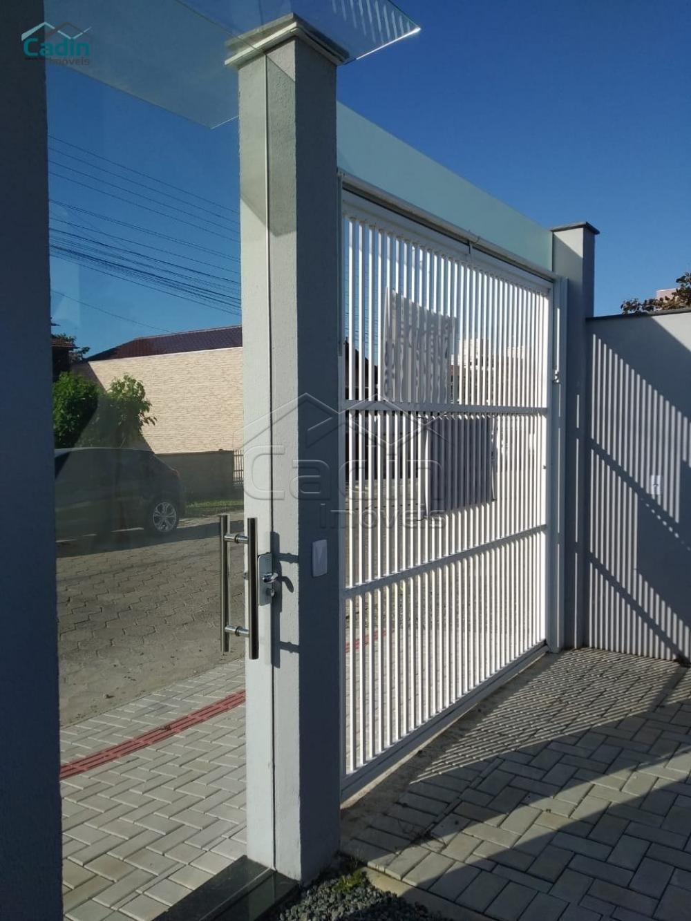 Comprar Casa / Padrão em Navegantes R$ 330.000,00 - Foto 1