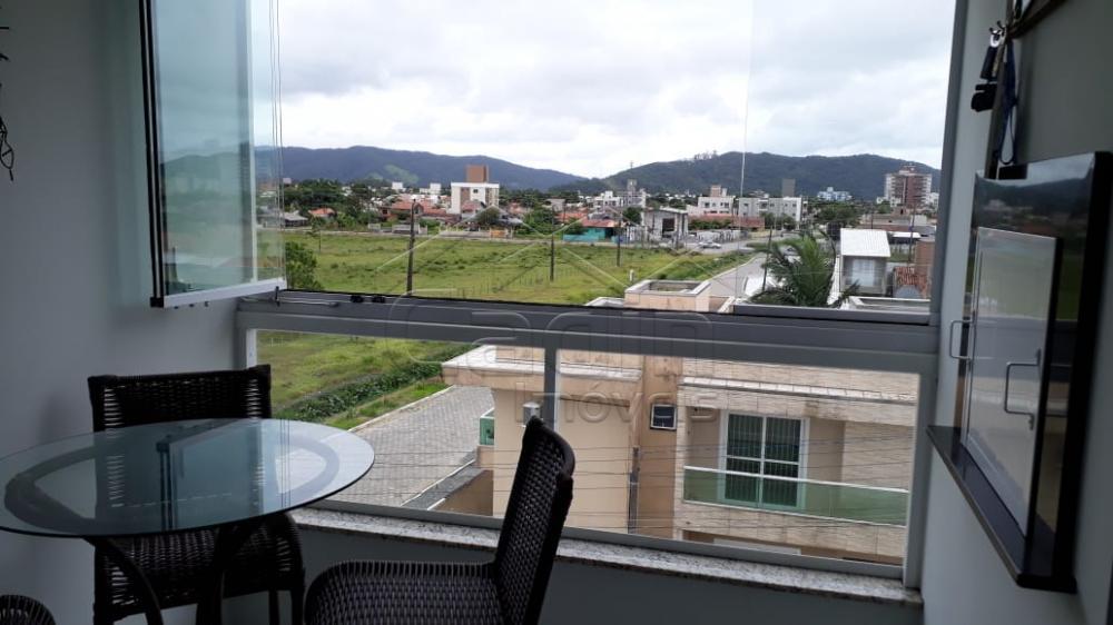 Comprar Apartamento / Padrão em Navegantes R$ 330.000,00 - Foto 13