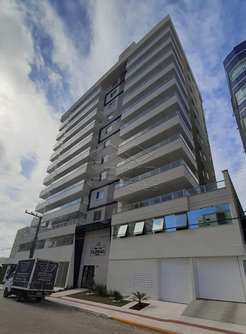Comprar Apartamento / Padrão em Navegantes R$ 680.000,00 - Foto 1