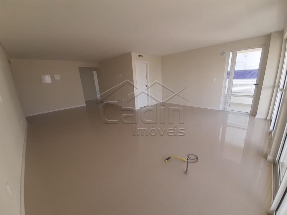 Comprar Apartamento / Padrão em Navegantes R$ 680.000,00 - Foto 5