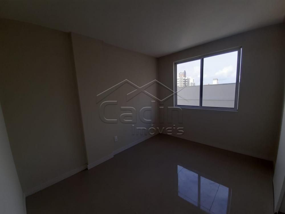 Comprar Apartamento / Padrão em Navegantes R$ 680.000,00 - Foto 24
