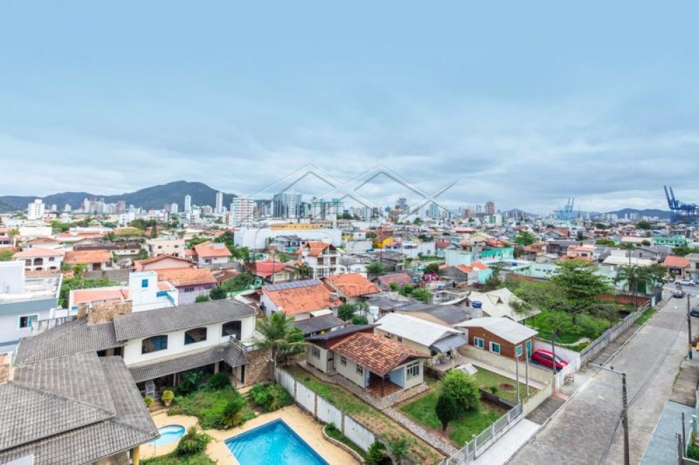 Comprar Apartamento / Padrão em Navegantes R$ 700.000,00 - Foto 18