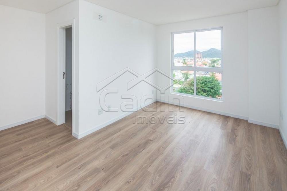 Comprar Apartamento / Padrão em Navegantes R$ 700.000,00 - Foto 23