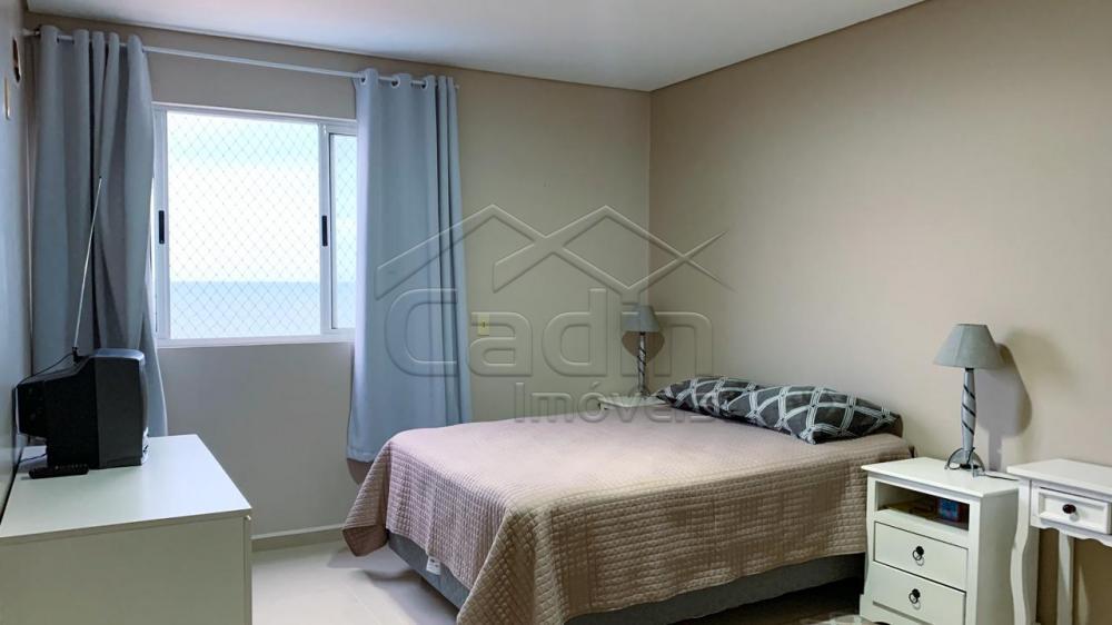 Alugar Apartamento / Padrão em Navegantes R$ 3.350,00 - Foto 18