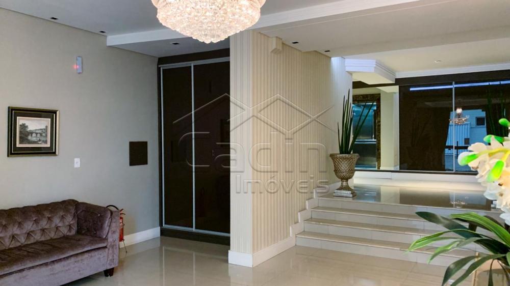 Alugar Apartamento / Padrão em Navegantes R$ 3.350,00 - Foto 2