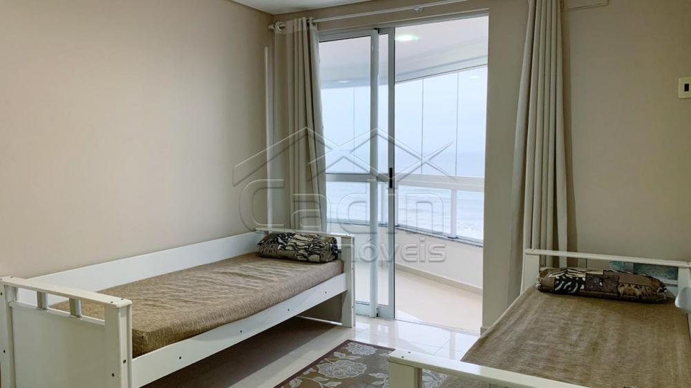 Alugar Apartamento / Padrão em Navegantes R$ 3.350,00 - Foto 21