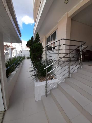 Comprar Apartamento / Padrão em Navegantes R$ 630.000,00 - Foto 3