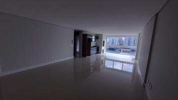 Alugar Apartamento / Padrão em Navegantes R$ 3.500,00 - Foto 24
