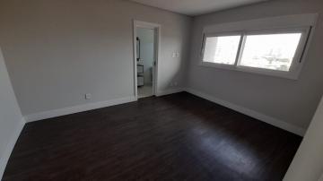 Alugar Apartamento / Padrão em Navegantes R$ 3.500,00 - Foto 35