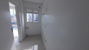Alugar Apartamento / Padrão em Navegantes R$ 3.500,00 - Foto 33