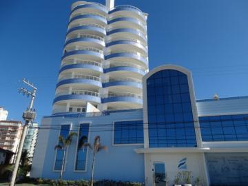 Alugar Apartamento / Padrão em Navegantes R$ 4.700,00 - Foto 1