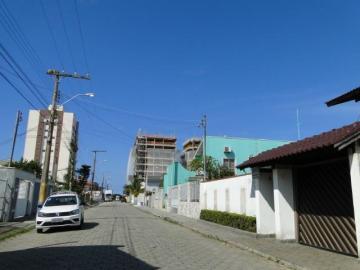 Comprar Casa / Padrão em Navegantes R$ 570.000,00 - Foto 2