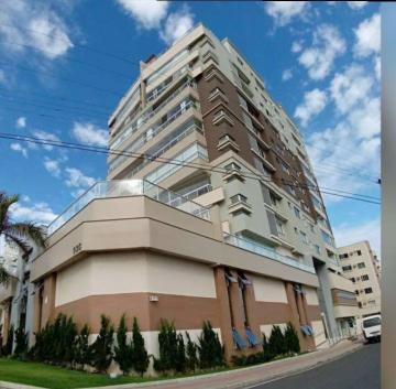Alugar Apartamento / Padrão em Navegantes. apenas R$ 700.000,00
