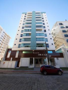 Alugar Apartamento / Padrão em Navegantes. apenas R$ 730.000,00