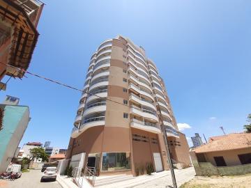 Alugar Apartamento / Padrão em Navegantes. apenas R$ 445.000,00