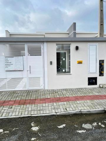 Comprar Casa / Geminada em Navegantes R$ 385.000,00 - Foto 2