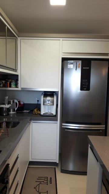 Comprar Apartamento / Padrão em Navegantes R$ 330.000,00 - Foto 4