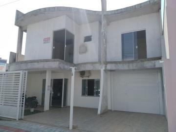 Alugar Casa / Padrão em Navegantes. apenas R$ 550.000,00