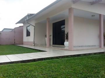 Alugar Casa / Padrão em Navegantes. apenas R$ 350.000,00