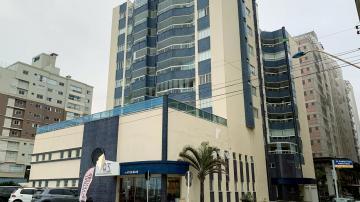 Alugar Apartamento / Padrão em Navegantes R$ 3.350,00 - Foto 1